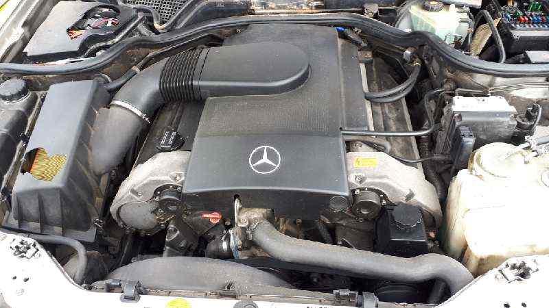 MERCEDES CLASE E (W210) BERLINA 420 (210.072)  4.2 V8 32V CAT (279 CV)     01.96 - ..._img_3