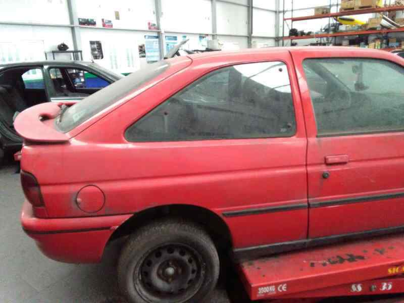 FORD ESCORT BERLINA/TURNIER XR3I Berlina  1.8 16V CAT (105 CV) |   0.91 - ..._img_5