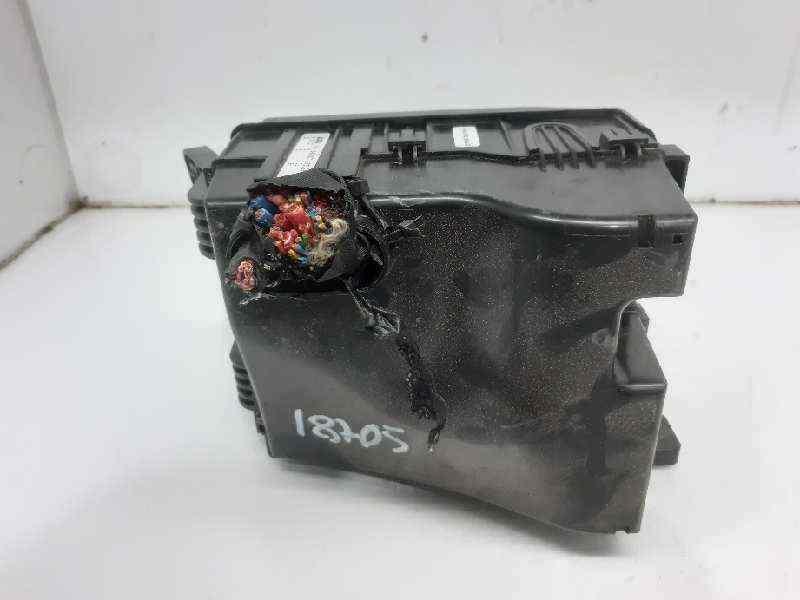 CAJA RELES / FUSIBLES KIA SPORTAGE Concept 4x2  1.7 CRDi CAT (116 CV) |   08.10 - 12.15_img_1