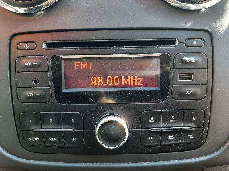 SISTEMA AUDIO / RADIO CD DACIA SANDERO SL Eficacia  1.2 16V CAT (75 CV)     ..._img_1