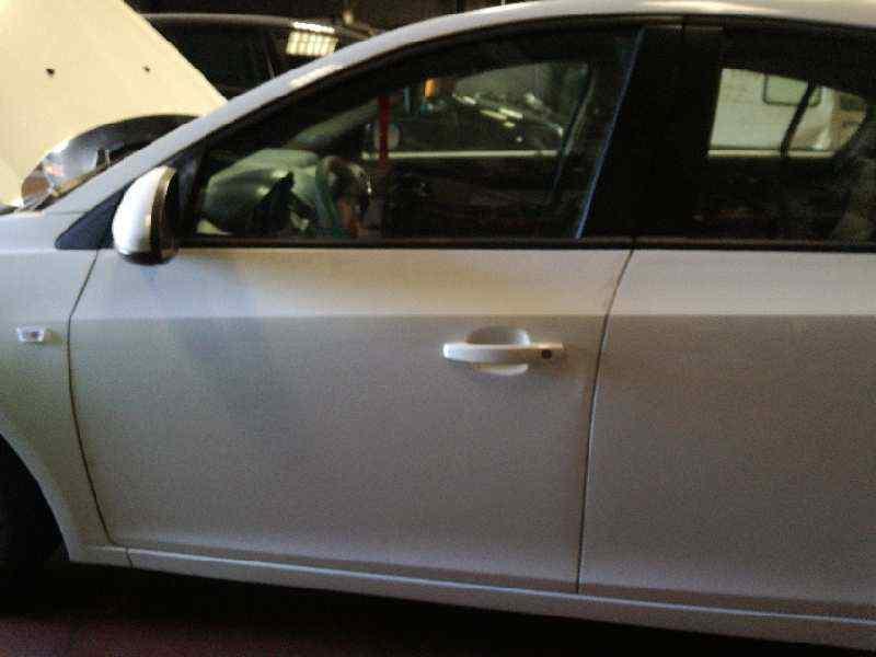 PUERTA DELANTERA IZQUIERDA CHEVROLET CRUZE LT  1.7 Diesel CAT (131 CV) |   0.09 - ..._img_0