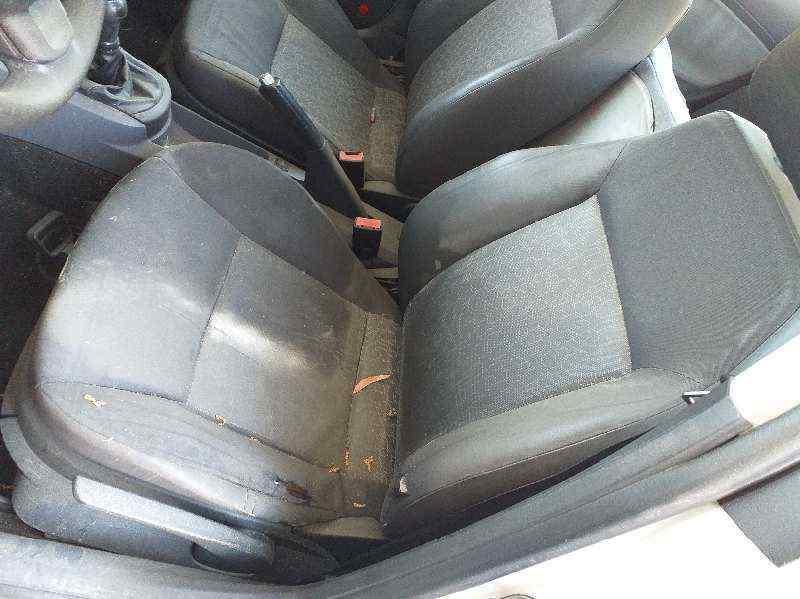 SEAT CORDOBA BERLINA (6L2) Top II  1.9 TDI (101 CV) |   11.06 - 12.08_img_2