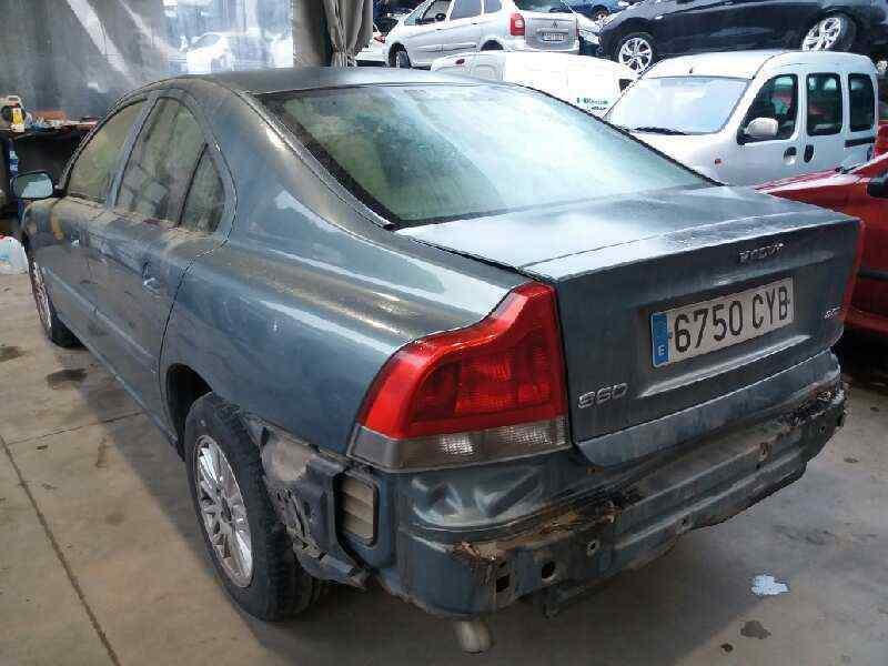 VOLVO S60 BERLINA 2.4 D   (131 CV) |   01.01 - 12.04_img_4