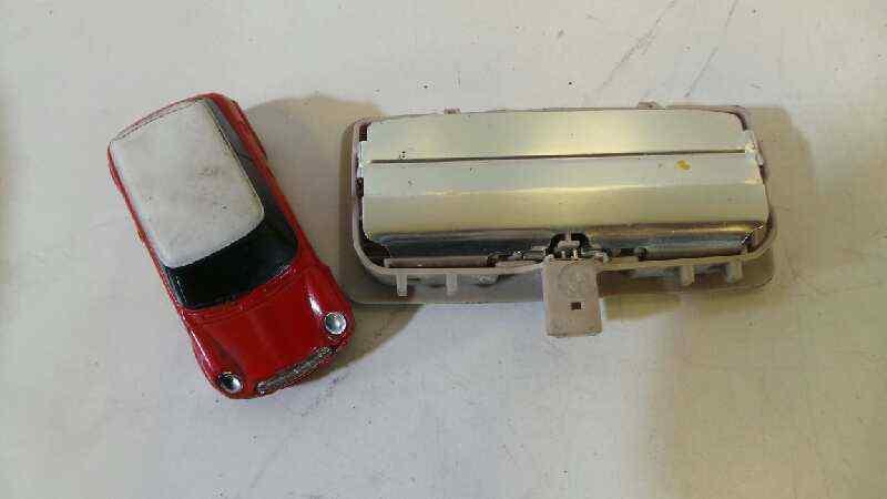 LUZ INTERIOR BMW SERIE 5 LIM. (F10) 520d  2.0 16V Turbodiesel (190 CV) |   0.10 - ..._img_1