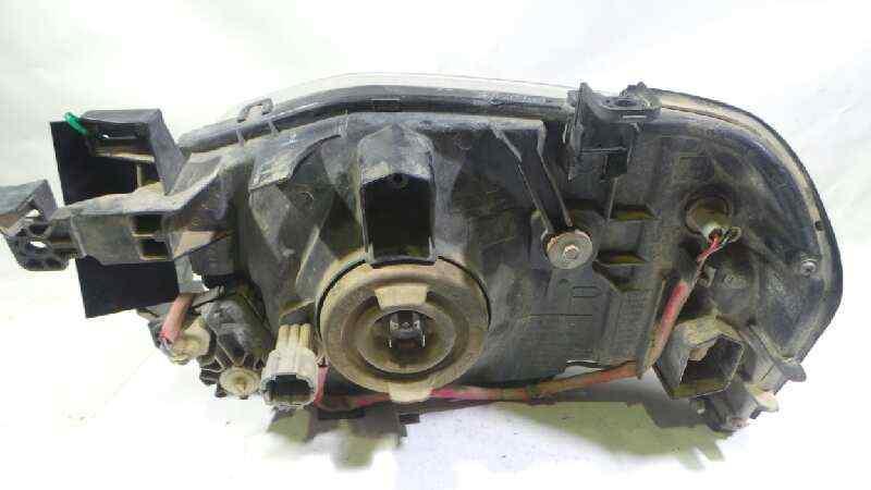 FARO DERECHO NISSAN PICK-UP (D22) Cabina doble Challenge 4x4  2.5 16V Turbodiesel CAT (133 CV) |   12.02 - ..._img_2