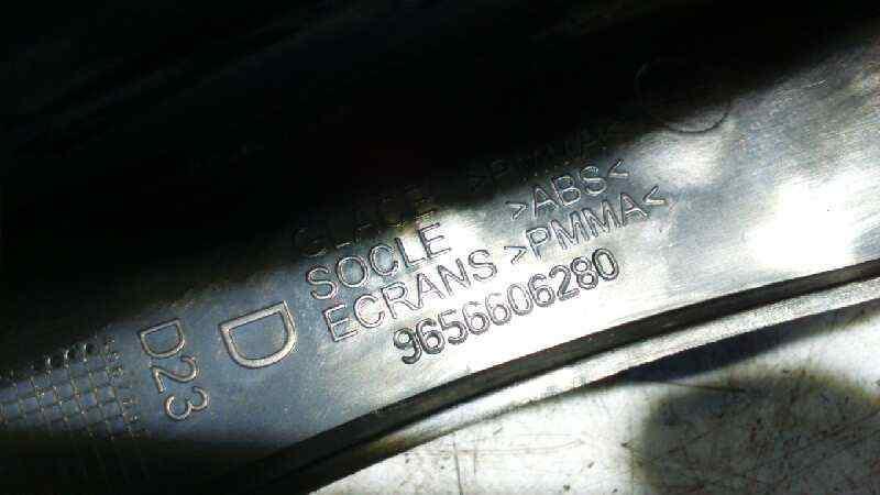 PILOTO TRASERO DERECHO PEUGEOT 407 ST Sport  2.0 16V HDi FAP CAT (RHR / DW10BTED4) (136 CV) |   05.04 - 12.07_img_3