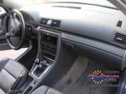 AUDI A4 BERLINA (8E) 2.5 TDI Quattro (132kW)   (180 CV) |   12.00 - 12.04_mini_3