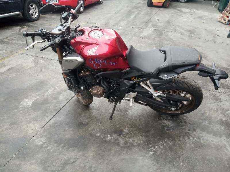 HONDA CB 650F *  649 cm3 - 66 kW (90 CV) |   0.17 - ..._img_4