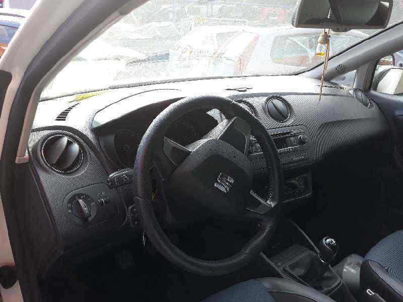 SEAT IBIZA SC (6J1) Style Tech  1.6 TDI (90 CV) |   01.13 - 12.14_img_2
