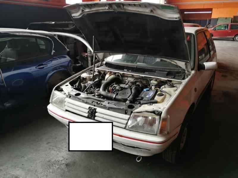 FARO DERECHO PEUGEOT 205 BERLINA XAD / XAD Multi  1.8 Diesel (60 CV) |   12.93 - ..._img_4
