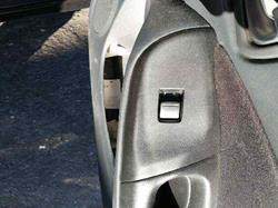 mando elevalunas delantero derecho nissan almera (n16/e) acenta  1.5 16v cat (98 cv) 2002-2004 254110V000