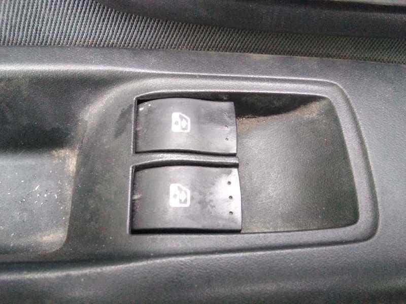 RENAULT CLIO II FASE II (B/CB0) Extreme  1.5 dCi Diesel (82 CV) |   12.02 - 12.05_img_2