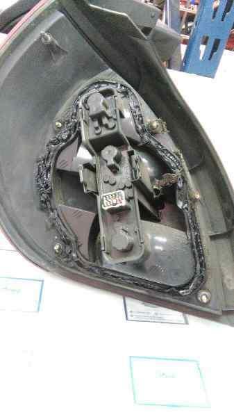 PILOTO TRASERO DERECHO NISSAN ALMERA (N16/E) Acenta  2.2 16V Turbodiesel CAT (110 CV)     10.02 - 12.03_img_1