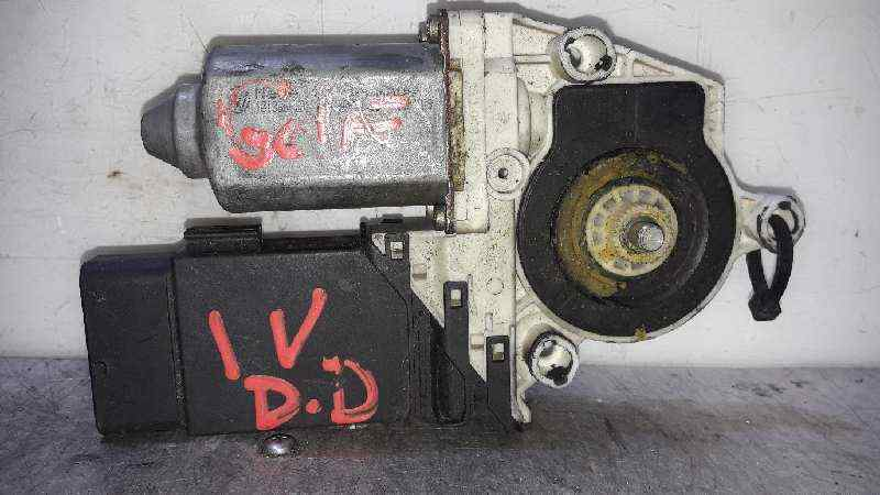 MOTOR ELEVALUNAS DELANTERO DERECHO VOLKSWAGEN GOLF IV VARIANT (1J5) Conceptline  1.6 16V (105 CV) |   05.99 - 12.02_img_0