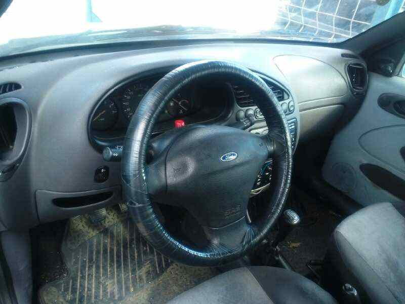 FORD FIESTA BERLINA (DX) Ambiente  1.8 Diesel CAT (60 CV) |   12.99 - 12.00_img_5