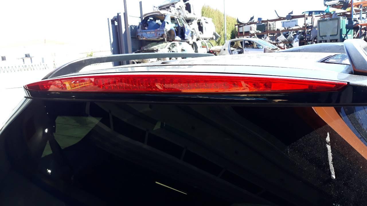 LUZ CENTRAL DE FRENO CADILLAC SRX V8 Sport Luxury  4.6 V8 CAT (325 CV)     0.04 - ..._img_0
