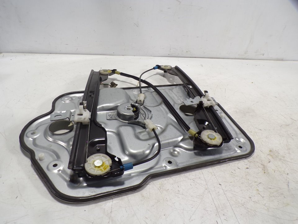 ELEVALUNAS DELANTERO IZQUIERDO NISSAN QASHQAI (J10) Acenta  1.5 dCi Turbodiesel CAT (106 CV) |   01.07 - 12.15_img_4