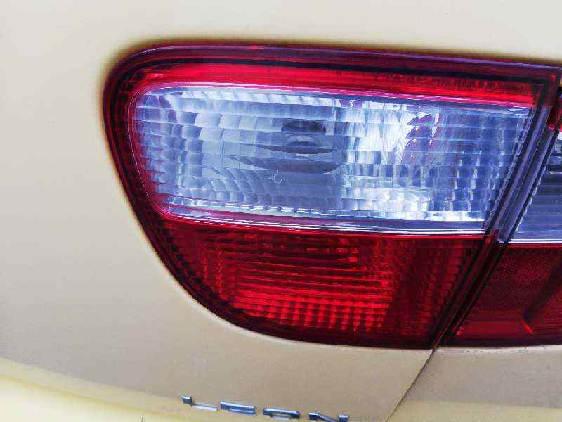 PILOTO TRASERO DERECHO INTERIOR SEAT LEON (1M1) Signo  1.6 16V (105 CV) |   11.99 - 12.04_img_0