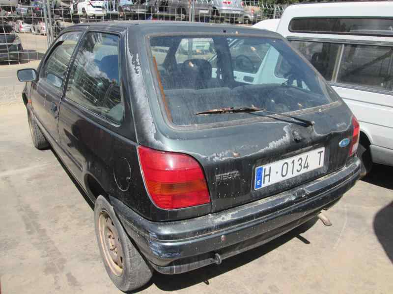 FORD FIESTA BERLINA (DX) *   |   0.99 - 0.02_img_0