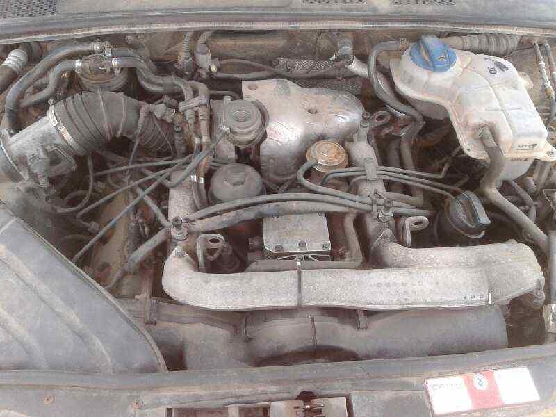 AUDI A4 BERLINA (8E) 2.5 V6 24V TDI   (180 CV) |   0.00 - ..._img_1