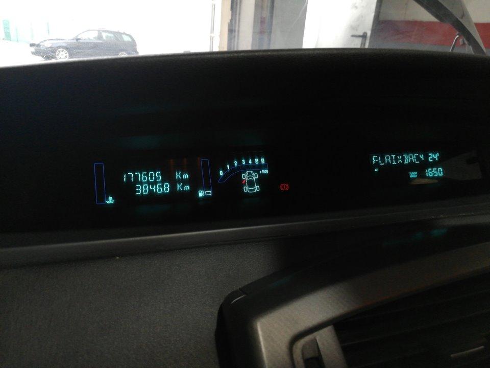 CUADRO INSTRUMENTOS RENAULT SCENIC II Expression  1.5 dCi Diesel (106 CV)     10.06 - 12.07_img_0