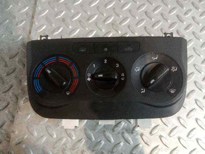 MANDO CALEFACCION /  AIRE ACONDICIONADO FIAT GRANDE PUNTO (199) 1.3 16V Multijet Active (55kW)   (75 CV)     09.05 - 12.07_img_0