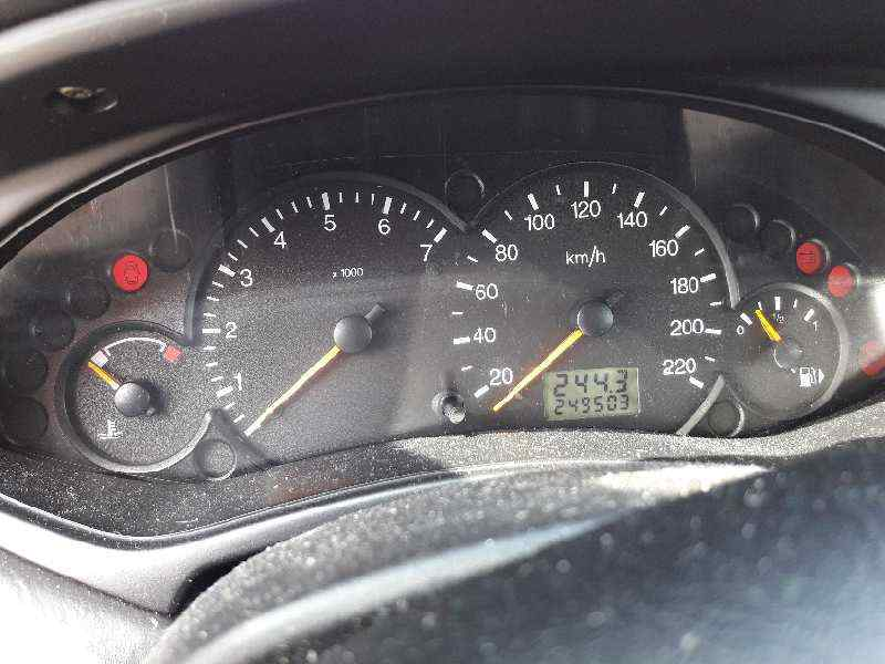 FORD FOCUS BERLINA (CAK) Ghia  1.8 TDDI Turbodiesel CAT (90 CV) |   08.98 - 12.02_img_4