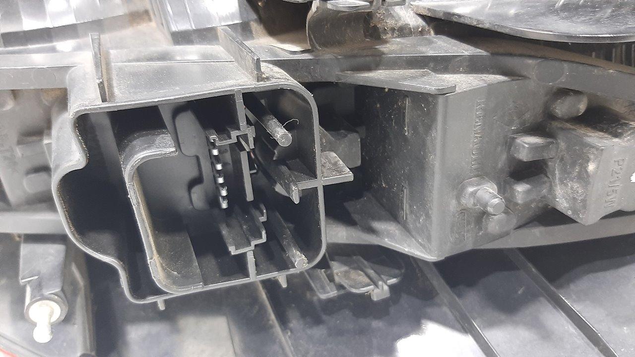 PILOTO TRASERO IZQUIERDO RENAULT SCENIC II Confort Authentique  1.9 dCi Diesel (120 CV)     06.03 - 12.05_img_2