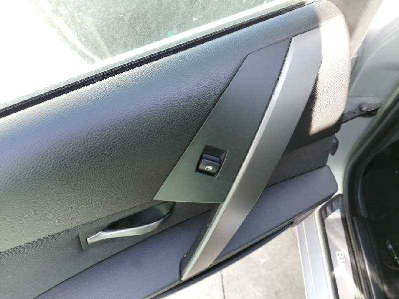 MANDO ELEVALUNAS TRASERO IZQUIERDO BMW SERIE 5 BERLINA (E60) 520d  2.0 16V Diesel (163 CV)     09.05 - 12.07_img_0