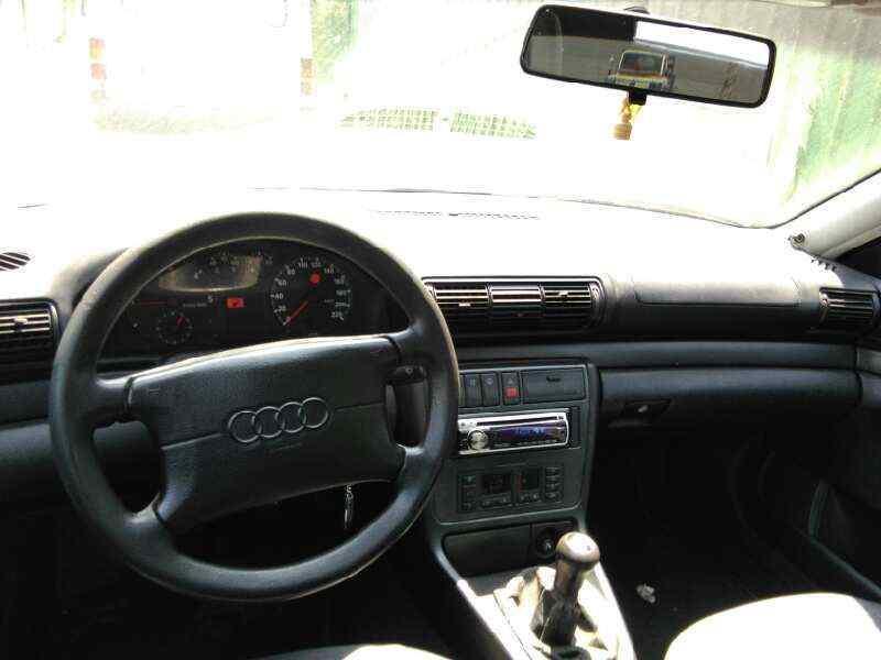 AUDI A4 BERLINA (B5) 1.9 TDI   (90 CV)     08.94 - 12.99_img_5