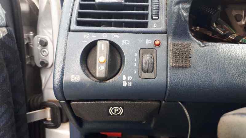MANDO LUCES MERCEDES CLASE C (W202) BERLINA 250 Diesel (202.125)  2.5 Diesel CAT (113 CV) |   0.93 - ..._img_0