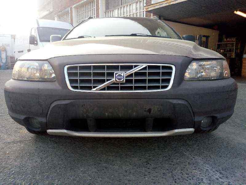 VOLVO XC70 2.4 T AWD Cross Country   (200 CV) |   07.01 - 12.02_img_0