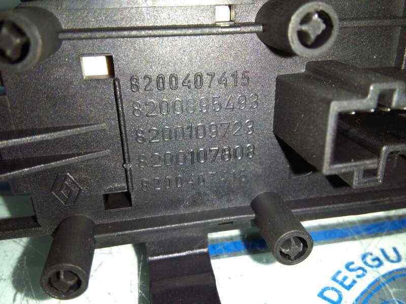 WARNING RENAULT SCENIC II Grand Confort Dynamique  1.5 dCi Diesel (106 CV) |   04.04 - 12.06_img_2