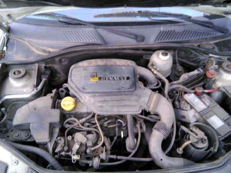 RENAULT CLIO II FASE I (B/CBO) 1.9 D   (64 CV) |   0.98 - ..._img_3