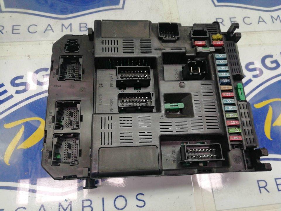 CAJA RELES / FUSIBLES PEUGEOT 307 BREAK / SW (S1) SW  1.6 16V CAT (109 CV)     04.02 - 12.04_img_1