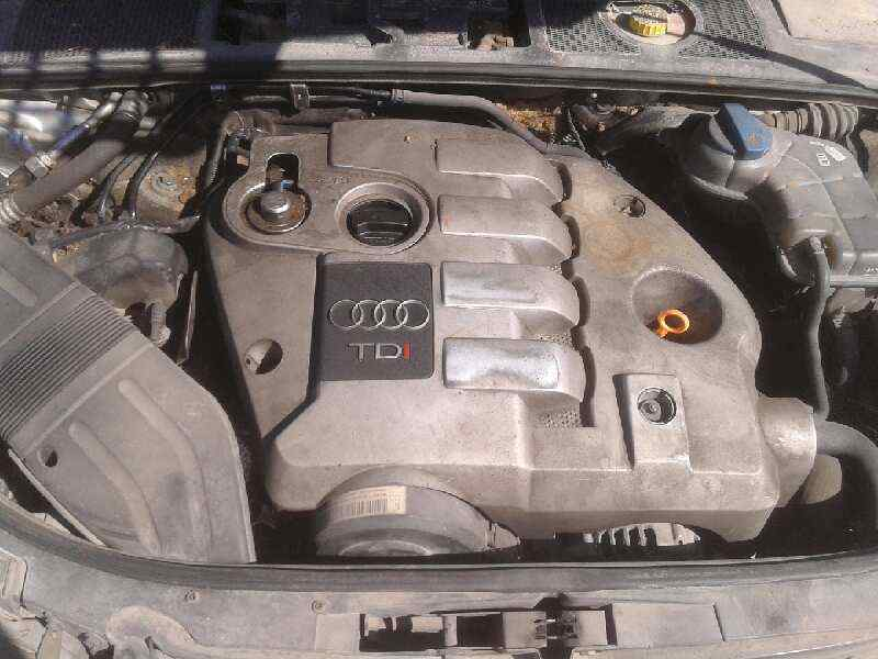 AUDI A4 BERLINA (8E) 1.9 TDI (96kW)   (131 CV) |   12.00 - 12.04_img_5