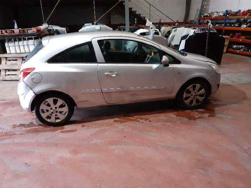 CAPOT OPEL CORSA D CATCH ME Now  1.3 16V CDTI (75 CV) |   04.07 - ..._img_4