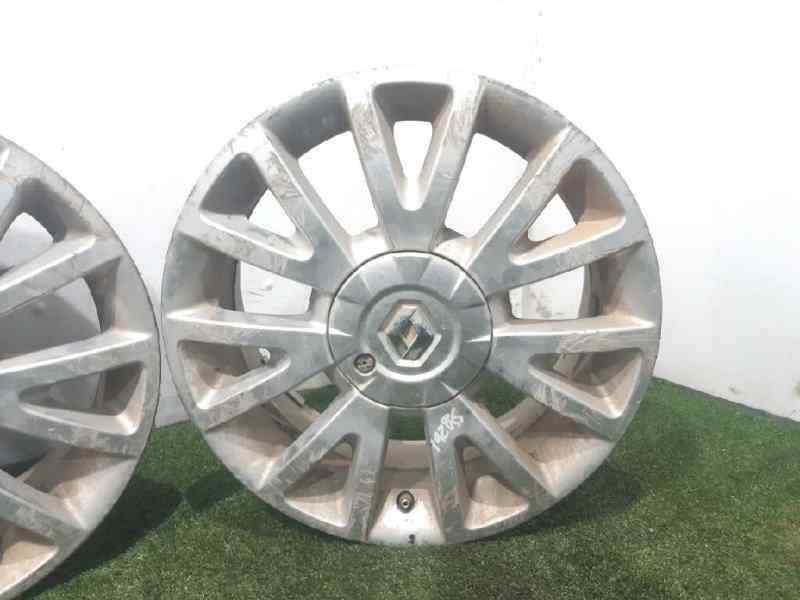 JUEGO LLANTAS RENAULT CLIO III Confort Dynamique  1.5 dCi Diesel CAT (86 CV) |   09.05 - 12.06_img_4