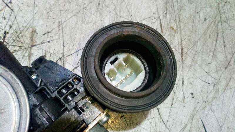 ELEVALUNAS DELANTERO DERECHO TOYOTA AURIS Active  1.4 Turbodiesel CAT (90 CV) |   09.12 - 12.15_img_3