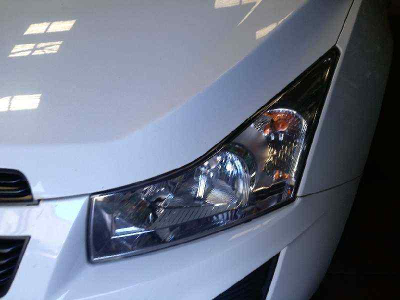 FARO IZQUIERDO CHEVROLET CRUZE LT  1.7 Diesel CAT (131 CV) |   0.09 - ..._img_0