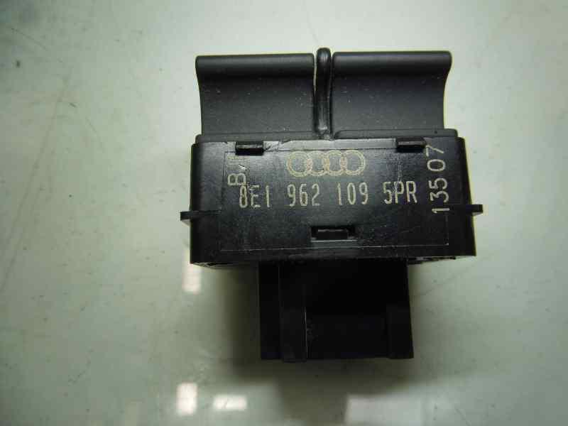 MANDO MULTIFUNCION AUDI A4 BERLINA (8E) 2.0 TDI (DPF) (125kW)   (170 CV) |   06.06 - 12.07_img_1