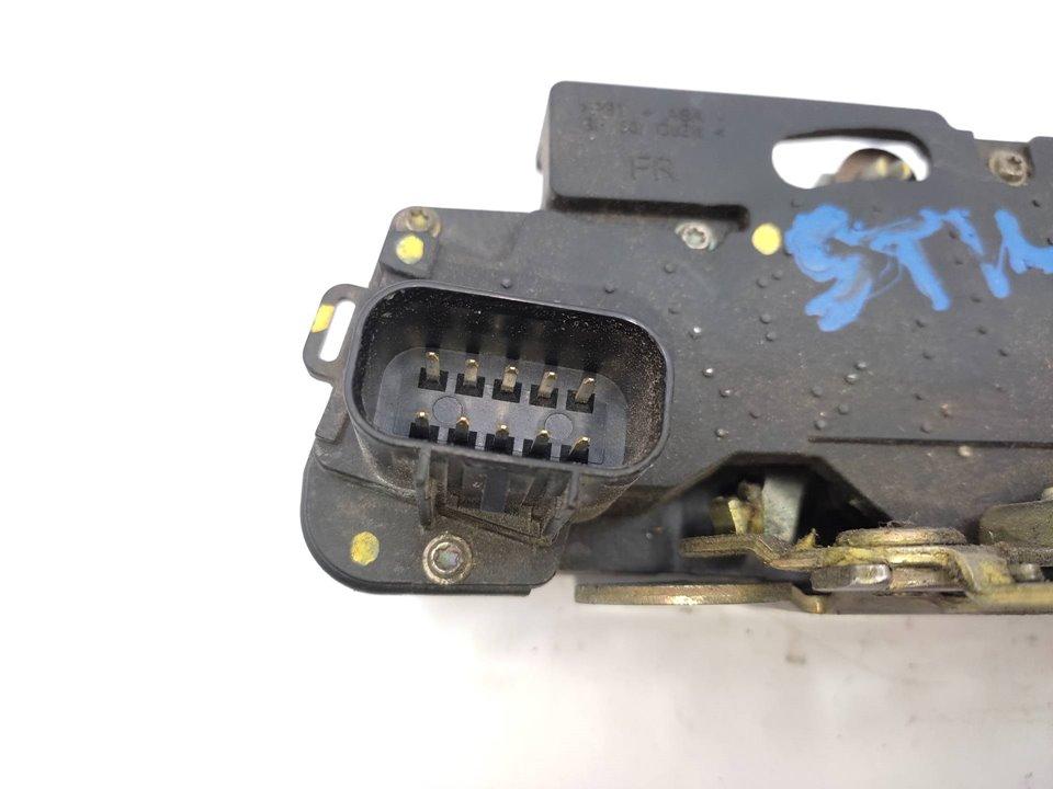FORD FOCUS BERLINA (CAK) Ghia  1.8 TDCi Turbodiesel CAT (116 CV)     01.01 - 12.04_img_4