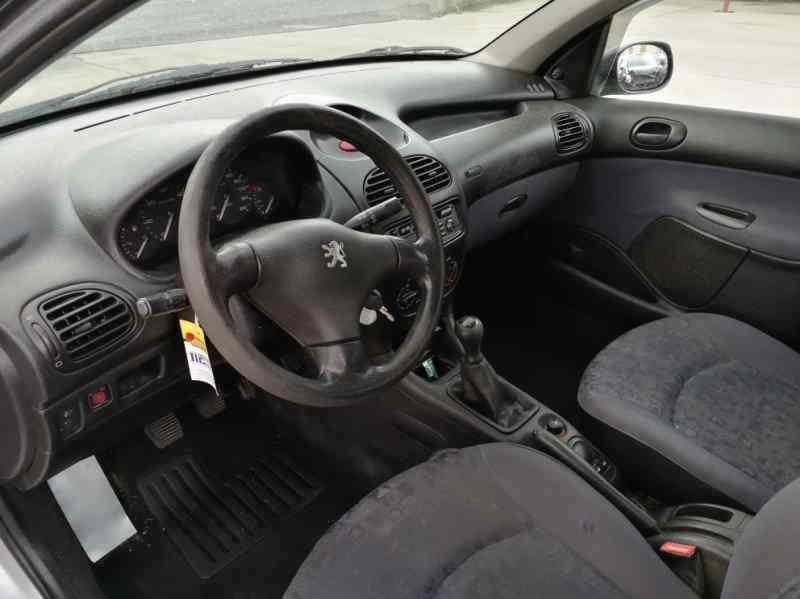 ALETA DELANTERA IZQUIERDA PEUGEOT 206 BERLINA XR  1.9 Diesel (69 CV) |   06.98 - 12.02_img_2