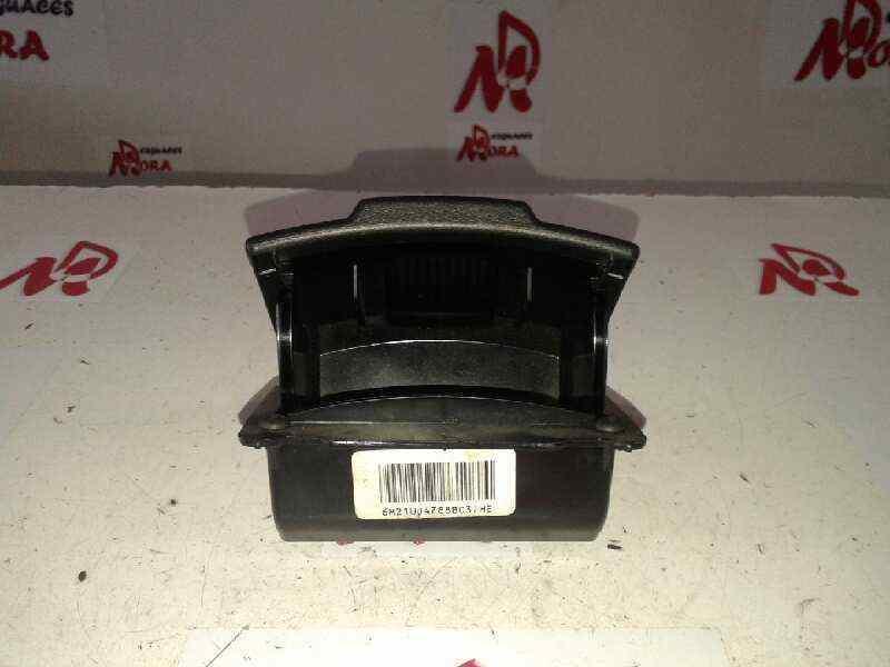 CENICERO FORD MONDEO BER. (CA2) Ghia  2.0 TDCi CAT (163 CV) |   11.09 - ..._img_0