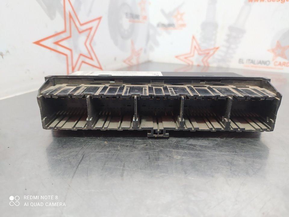 mando calefaccion /  aire acondicionado renault modus confort expression  1.4 16v (98 cv) 2005-2006 7701070472