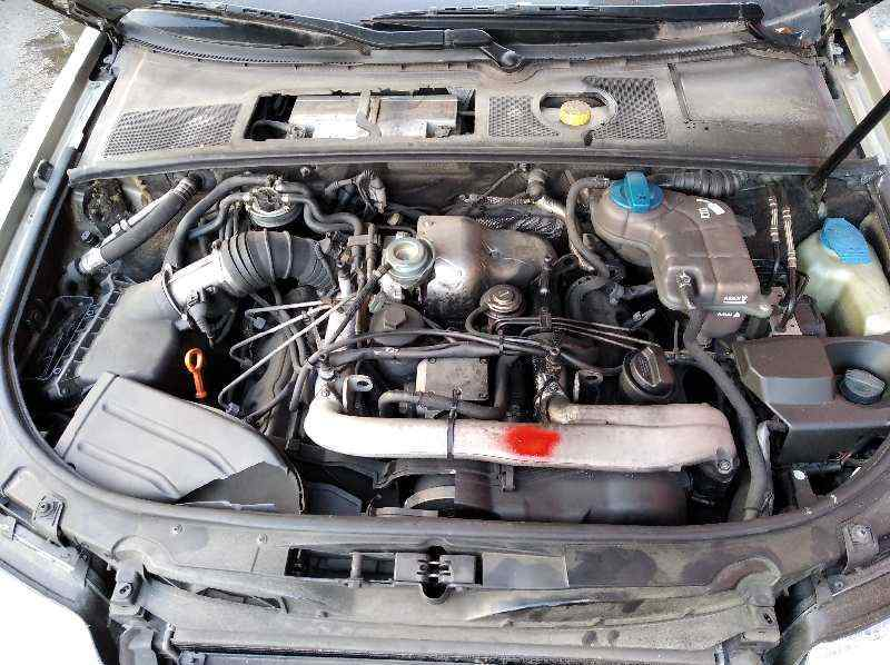 AUDI A4 BERLINA (8E) 2.5 TDI Quattro (132kW)   (180 CV) |   12.00 - 12.04_img_1