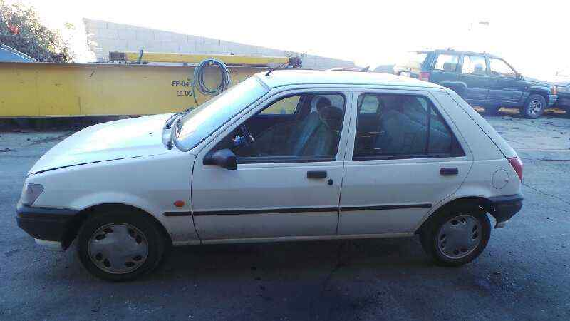 FORD FIESTA BERL./COURIER Surf  1.1 CAT (49 CV) |   08.91 - 12.97_img_5
