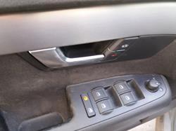 AUDI A4 BERLINA (8E) 2.0 TDI Quattro (DPF) (103kW)   (140 CV) |   12.05 - 12.07_mini_1