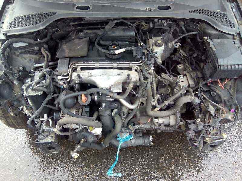LUZ INTERIOR AUDI A3 (8P) 2.0 TDI   (140 CV)     0.03 - ..._img_2