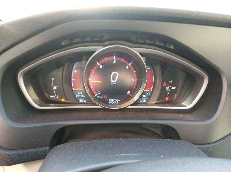 TAPA EXTERIOR COMBUSTIBLE VOLVO V40 Momentum  1.6 Diesel CAT (114 CV) |   03.12 - 12.15_img_2